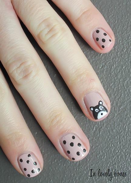 Nounours nail art 6